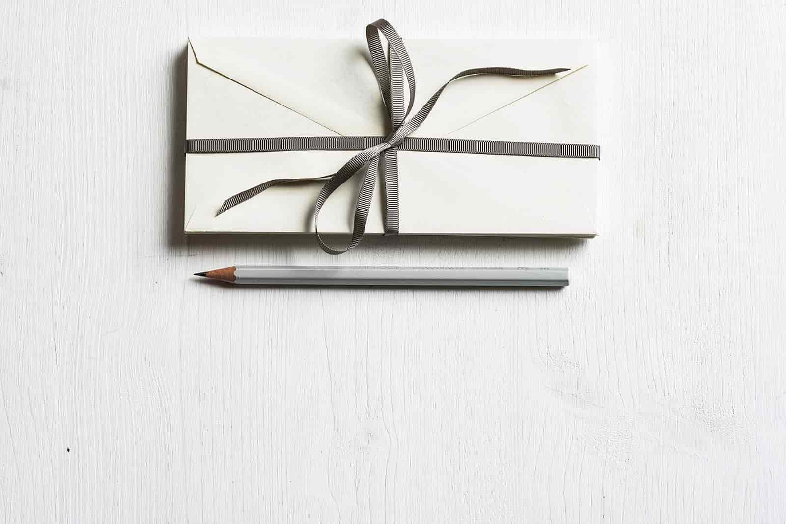 Envelope for participant incentives